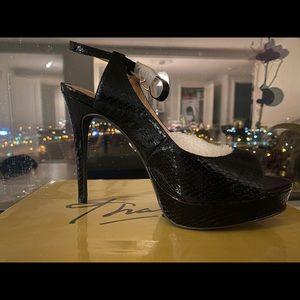 Thalía platflorm sling back sandals